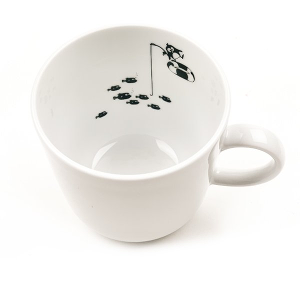 Porcelain Mug - Penguin fishing